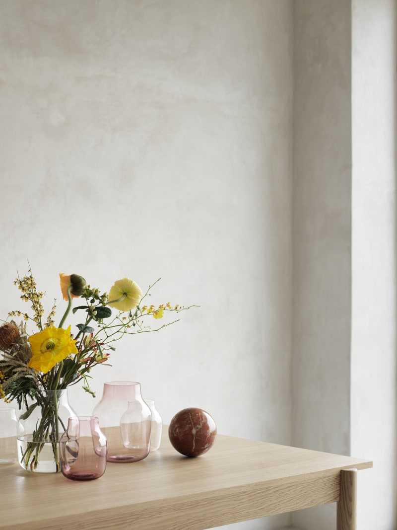 "5. Muuto, ""Elevated Vase"""
