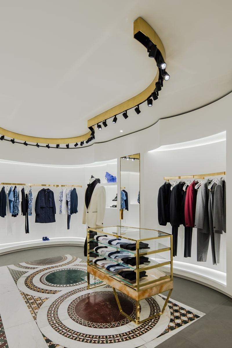 Versace-Store B