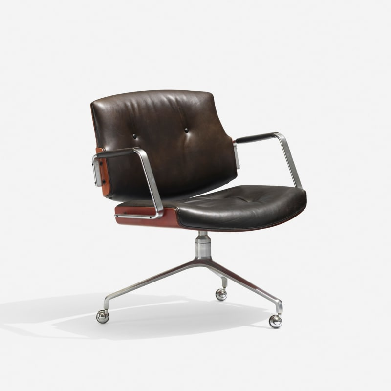 "3. ""Desk chair"""