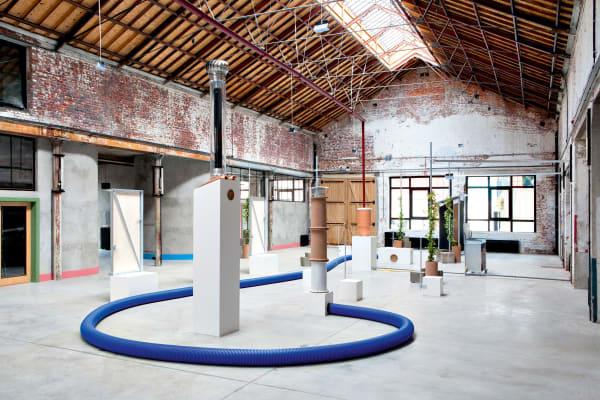 Auch anderen Designernwerden Ausstellungsflächen angeboten, hier etwa Stéphane Barbier Bouvet.