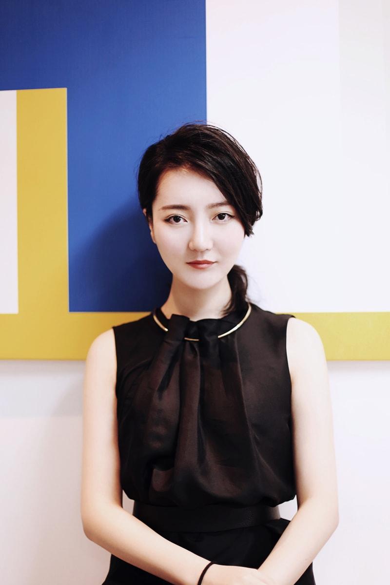 Li Xiang, Porträt