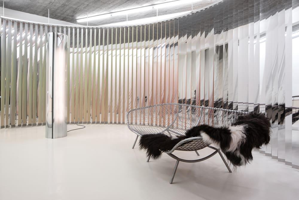 Premiere: Office KGDVS und Pieter Vermeersch stellen gemeinsame Möbelkollektion vor