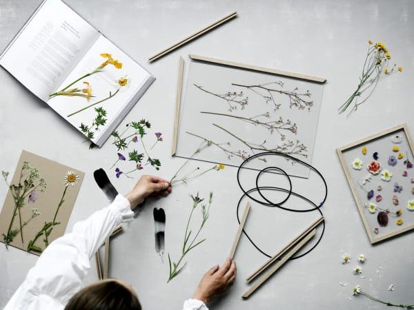Neben Blumen und Pflanzen können auch bunte Früchte oder Lego-Steine Lückenfüller sein!