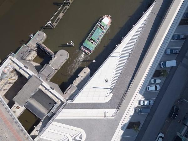 Vogelperspektive: Von oben erkennt man die zwei Zonen, in die das Bauwerk unterteilt wurde.