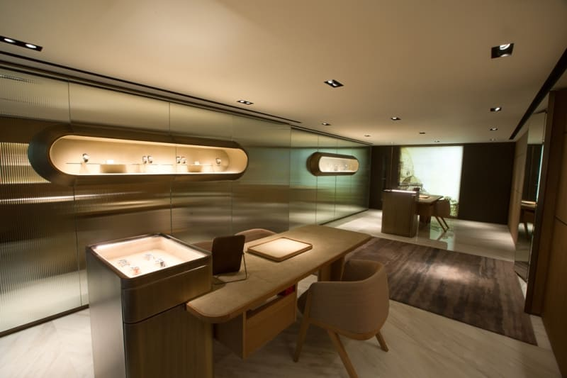 OFFICINE PANERAI - CANTON ROAD BOUTIQUE - 1ST FLOOR - 1