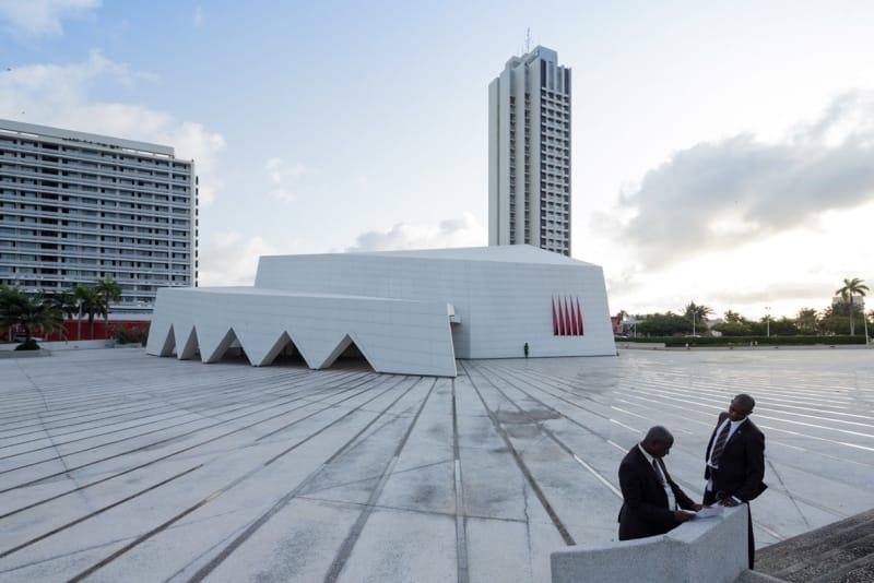 Hotel Ivoire, Abidjan (Côte d'Ivoire), von Heinz Fenchel und Thomas Leiterdorf, 1962-1970.