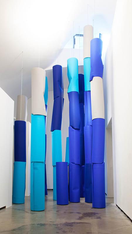"""Blick in die Ausstellung """"Der entfesselte Blick"""" Martin Pfeifle: rev, 2014"""