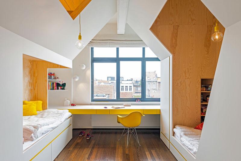 Zimmer in gelb