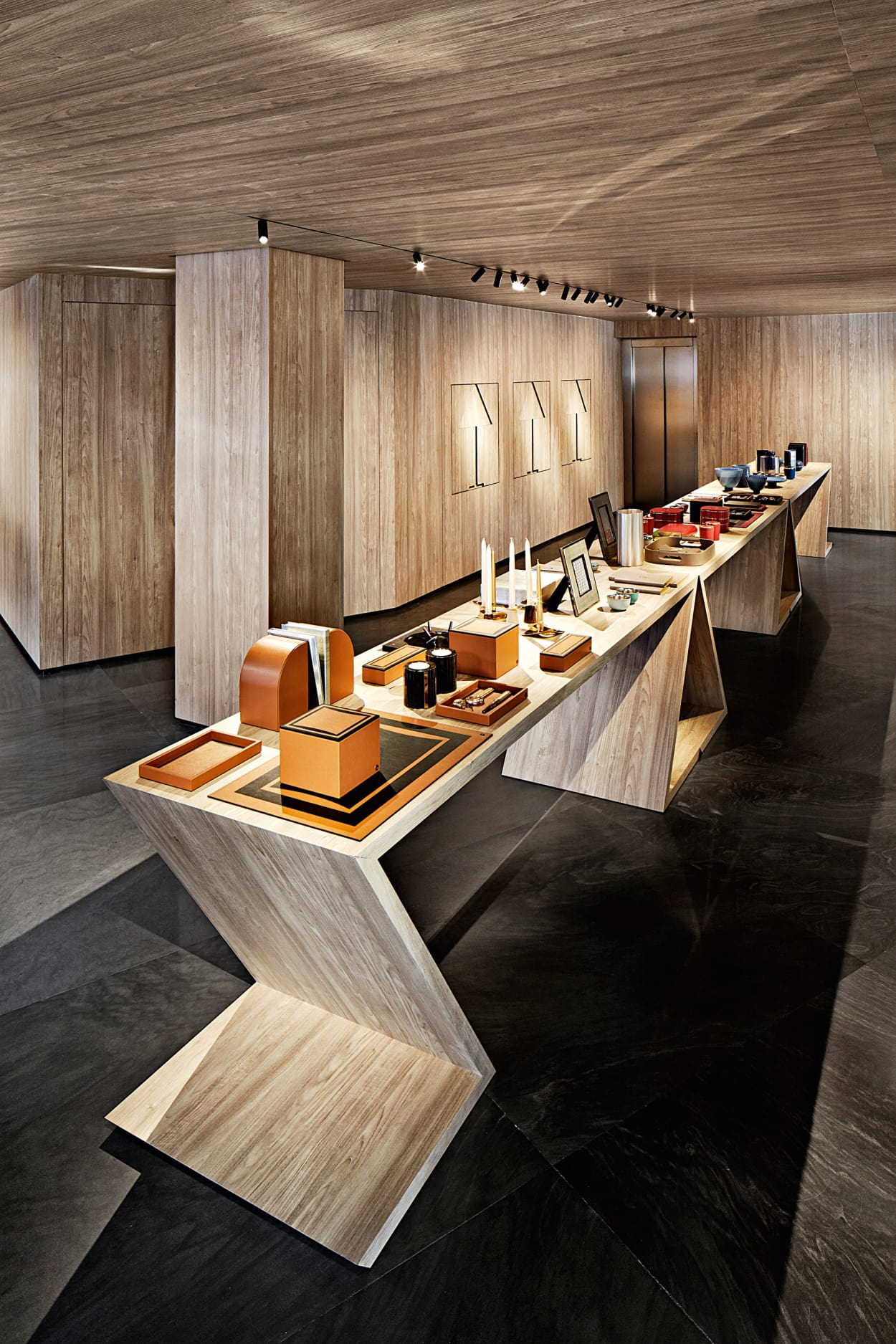 Armani home flagship store ad for Armadi outlet milano