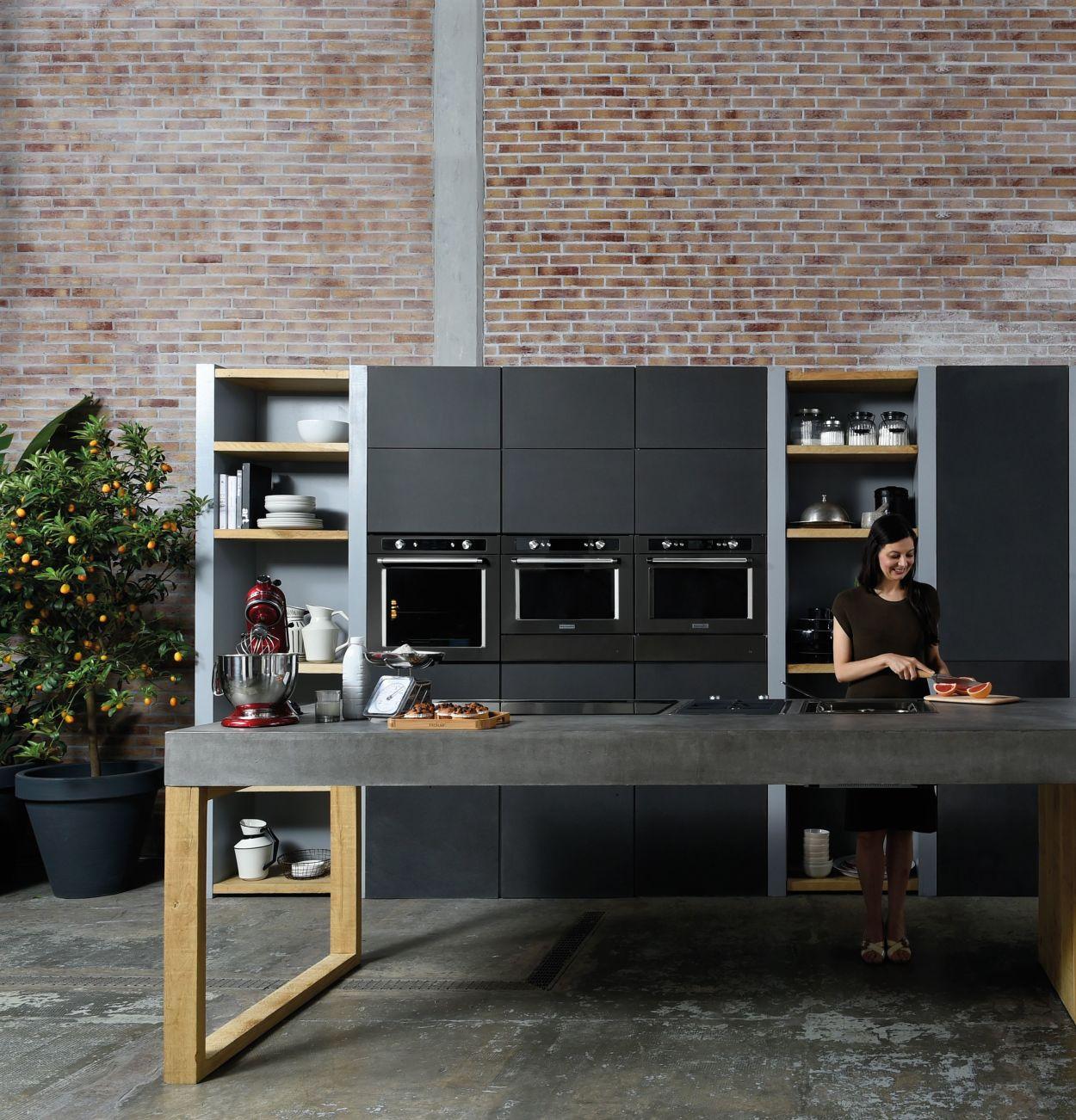 Kitchenaid, Black Line