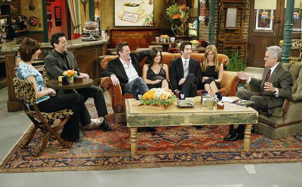 Reunion bei Jay Leno: Die Hauptdarsteller*innen der legendären Fernsehserie mit 10 Staffeln trafen sich.