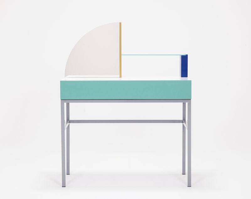 Zoe Mowat Dresser