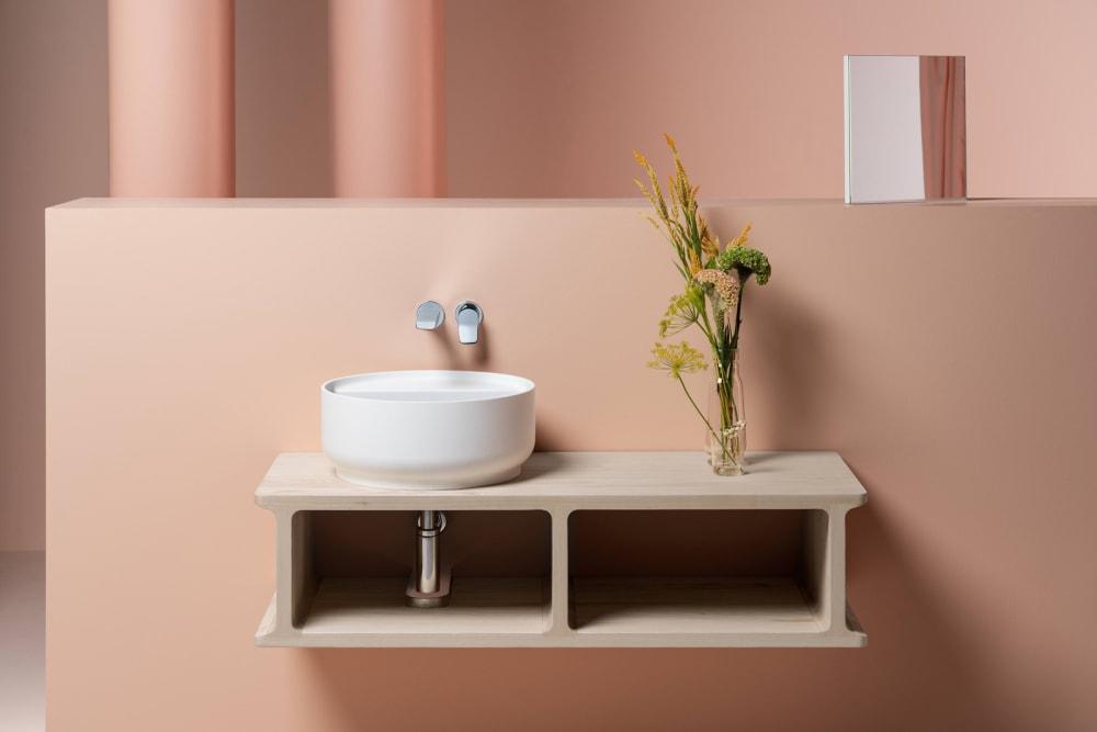 Eiche & Co. fürs Bad: Waschtische und sogar Wannen sind jetzt aus Holz!