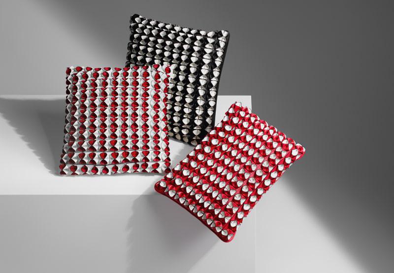 """""""Flower Field Cushion"""" von Atelier Oï"""