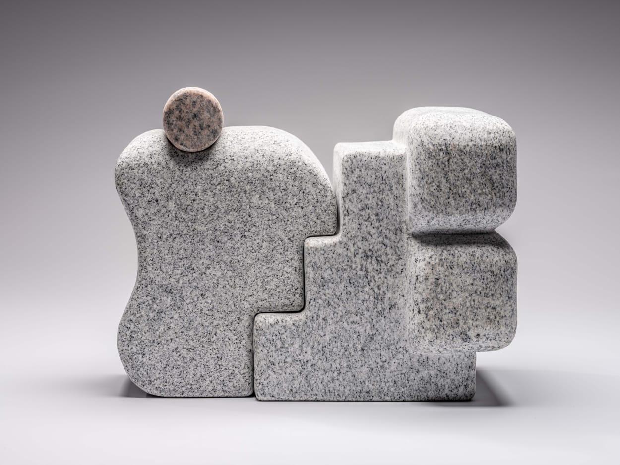 Matt Byrd Granitskulpturen
