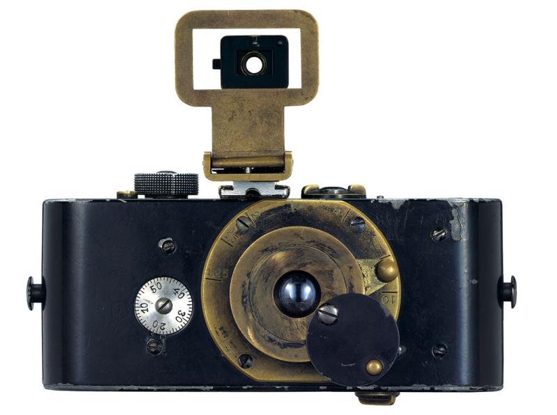 Ur-_Leica_front