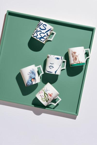 """Die """"Meissen Mugs""""zeigen die malerische Vielfalt der Manufaktur, tragen neue, aber auch historische Motive, ab 69 Euro."""