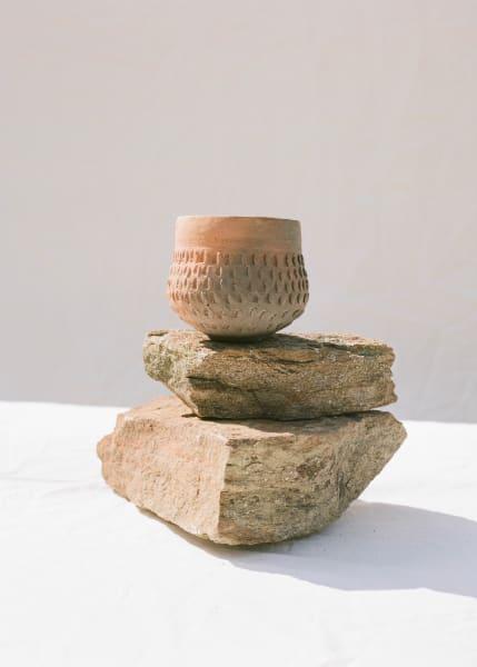 Mithilfe natürlicher Materialien werden verschiedene Strukturen und Farbnuancen erzielt.