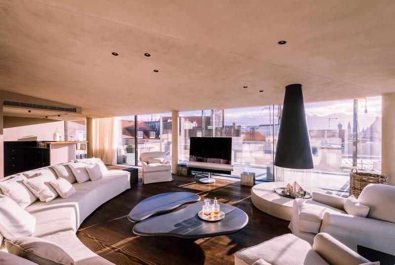 axel vervoordt baut im bayerischen hof ad. Black Bedroom Furniture Sets. Home Design Ideas