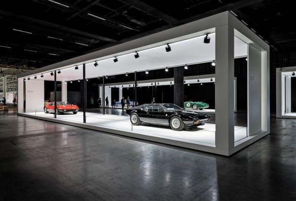 Die Grand Basel soll Autos auch Kunstliebhabern und -sammlern näherbringen. Das Konzept könnte aufgehen: Von allen Luxusgütern hat in den vergangenen  zehn Jahren kein anderes mehr an Wert gewonnen als das klassische Automobil.