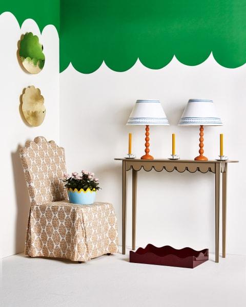 """Bunte Horizonte: Das Arrangement aus der Mai-Ausgabe von """"House & Garden"""" spielt mit dem historischen Konzept des tent room."""