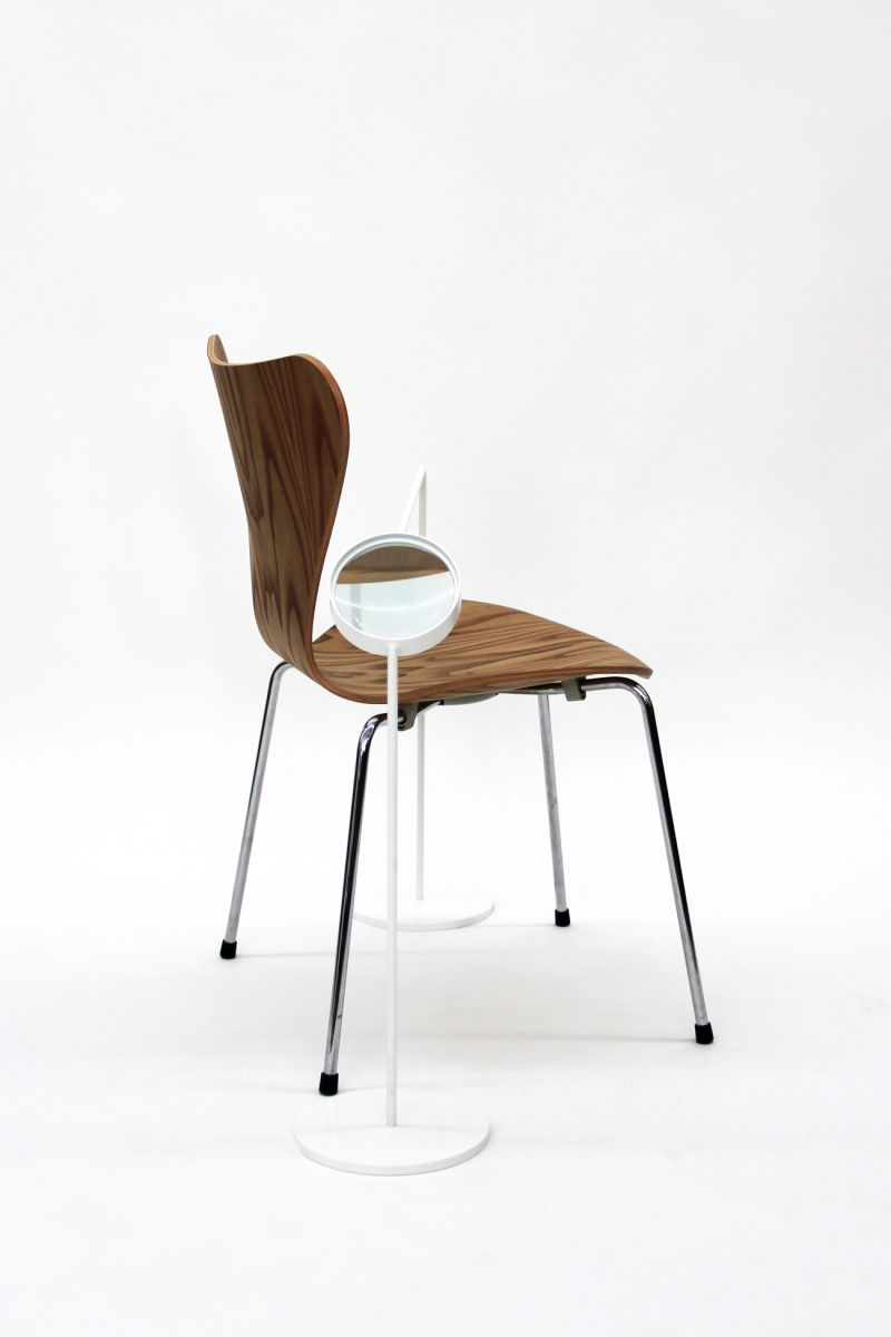 Functionality-2_Fritz-Hansen-7-Series-Chair_2