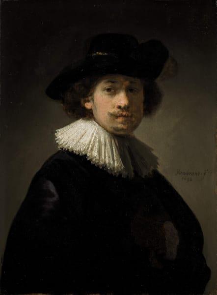 """Rembrandt Harmenszoon van Rijn (Leiden 1606 – Amsterdam 1669) """"Selbstporträt in Halbfigur mit Halskrause und schwarzem Hut"""", 1632. Signiert und datiert: """"Rembrant ft/ 1632"""". Öl auf Eichentafel, 21,8 x 16,3 cm. Los 1 der Auktion: """"Rembrandt to Richter"""", Sotheby's London. 28. Juli 20120, Schätzpreis: 12 – 16 Millionen Pfund.Sothebys.com"""