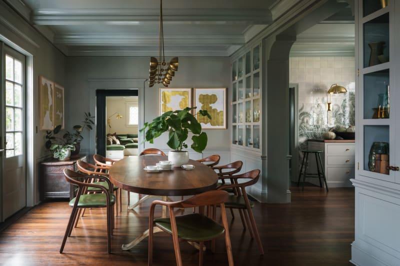 Esszimmer und Küche in Portland von Jessica Helgerson