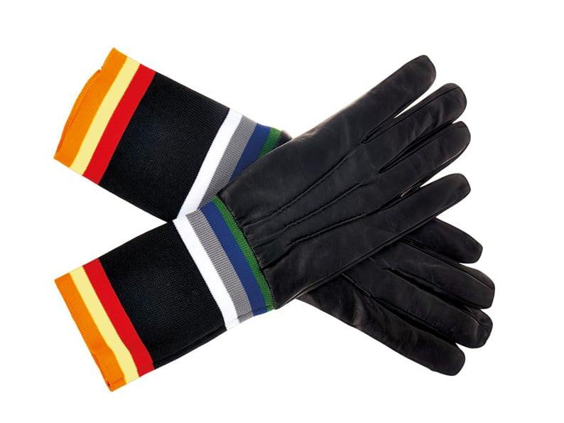 Lederhandschuhe von Raf Simons und Sterling Ruby über Matchesfashion, 300 Euro.