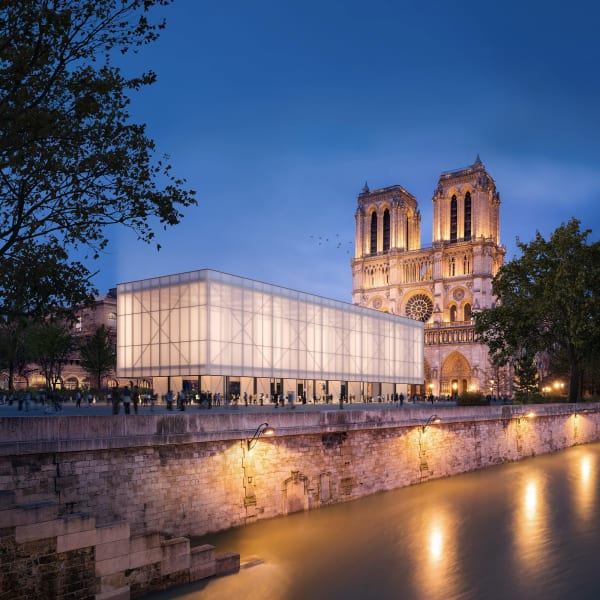 Die Sanierung der Kathedrale wird viele Jahre in Anspruch nehmen. Der temporare Bau soll in der Zwischenzeit sowohl als Ort für den Gottesdienst dienen, als auch für öffentliche Veranstaltungen.