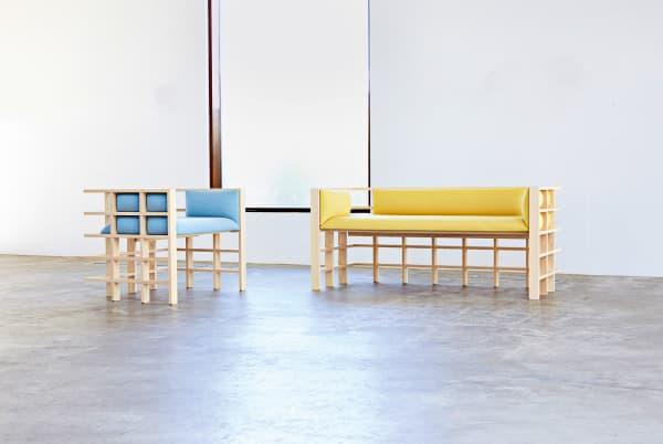 """Kontrastreiche Objekte: Die Polstermöbel der Kollektion """"Straight Lines"""" von Elliot Bastianon."""