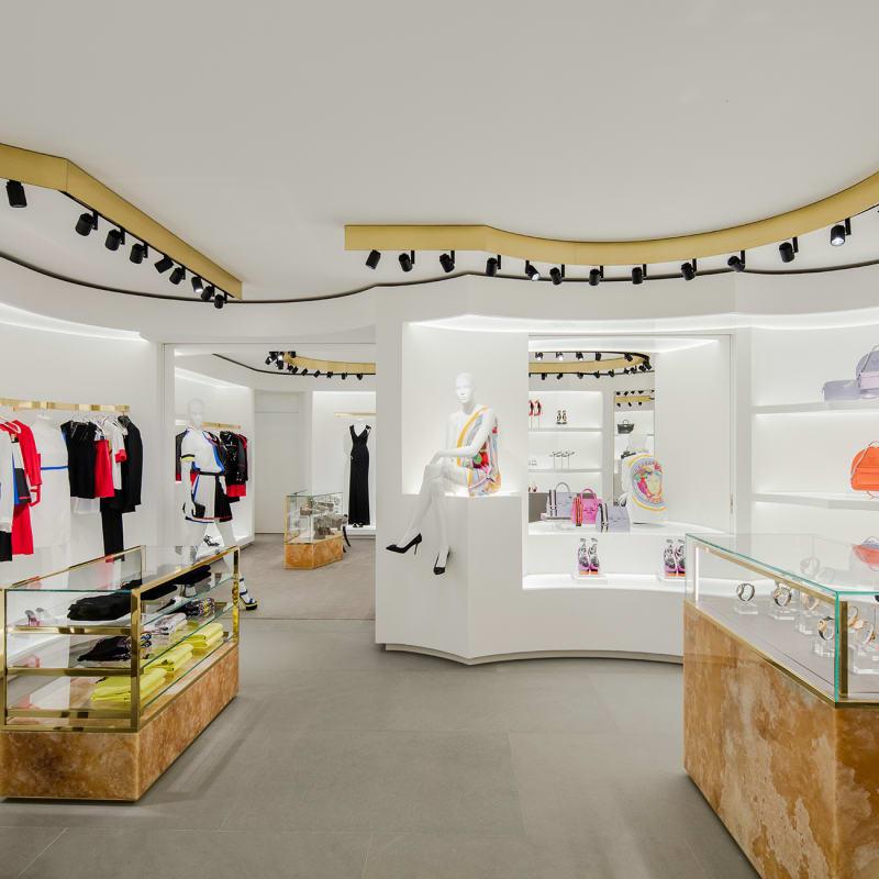 Versace-Store C