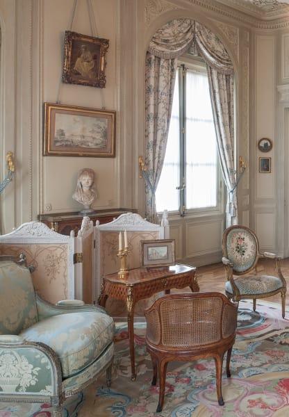 Egal ob moderner Kontrast oder originale Muster, wichtig ist die Qualität von Stoff und Möbel! Wir arbeiten mitPrelle,Le Manachoder auchRubelli.