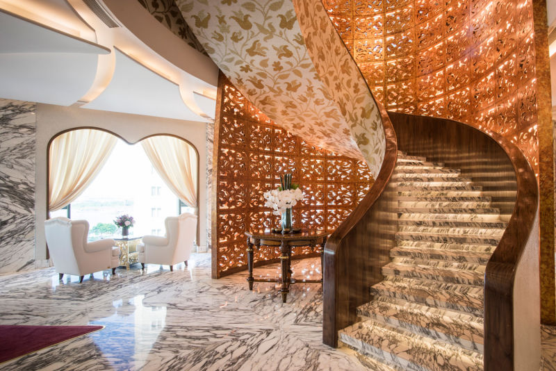 The-Reverie-Saigon-The-Spa---Staircase