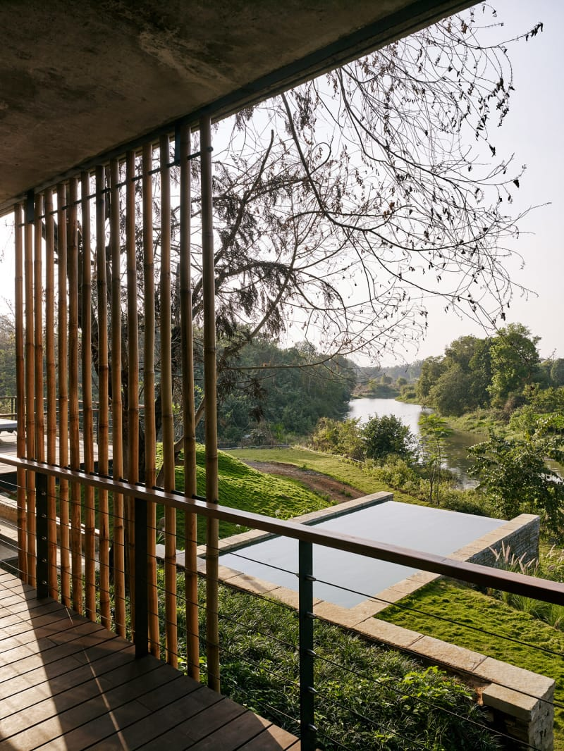 Architecture-BRIO_The-Riparian-House_Karjat-India__26-pool-and-river-from-verandah