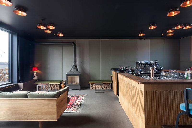 Arnold / Werner Flushing meadows bar