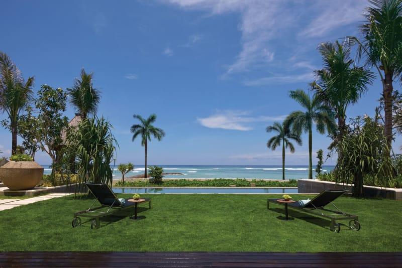 Oceanfront-Villa-Pool