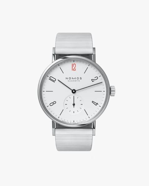 Bereits zum 11. Mal kooperieren die Uhrenmanufaktur aus dem sächsischen Glashütte und Ärzte ohne Grenzen. Das aktuelle Modell ist auf 250 Stück limitiert.