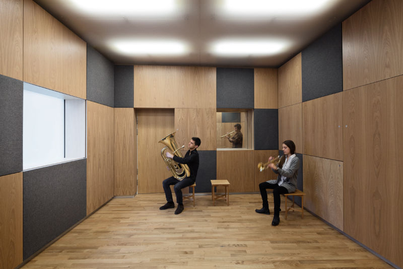 Graphical-clarity-in-sound-space-for-brass_photo-Laura-Stamer