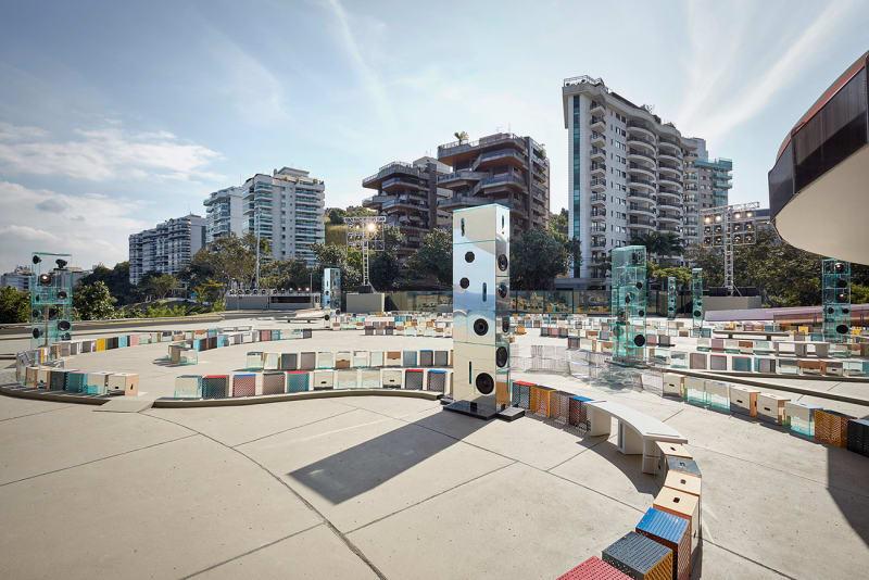 Niteroi Contemporary Art Museum vier