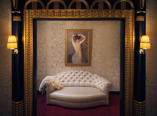 """… oder der Salon in der Suite """"Liane de Pougy"""", inspiriert von Jeanne Lanvins Apartement."""