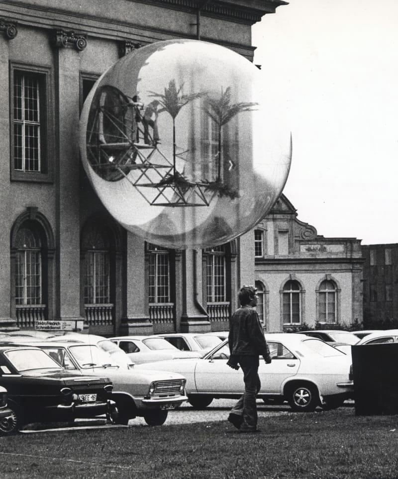 Haus-Rucker-Co (Zamp Kelp, Laurids Ortner, Manfred Ortner, Klaus Pinter) Oase Nr. 7 / documenta 5, 1972