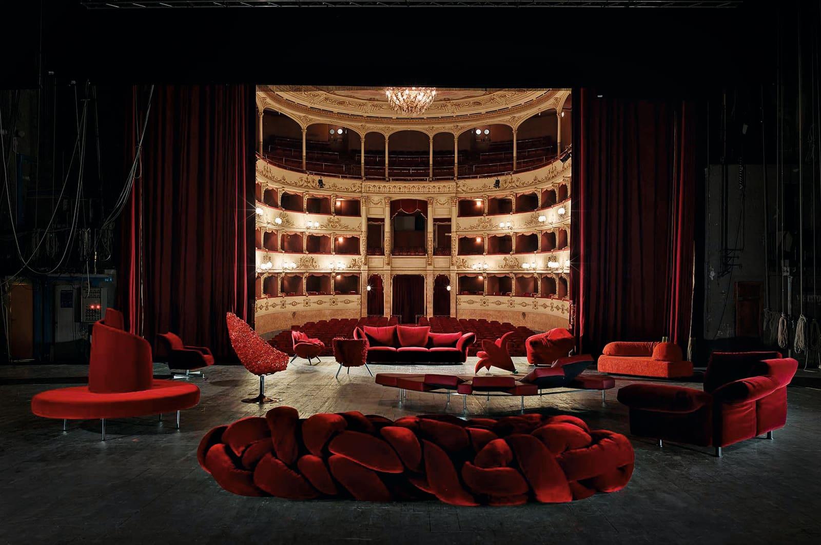 Edras Ikonen im Florentiner Teatro della Pergola.