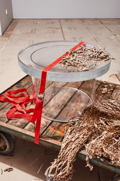 Glastisch von Sebastian Herkner für Pulpo.