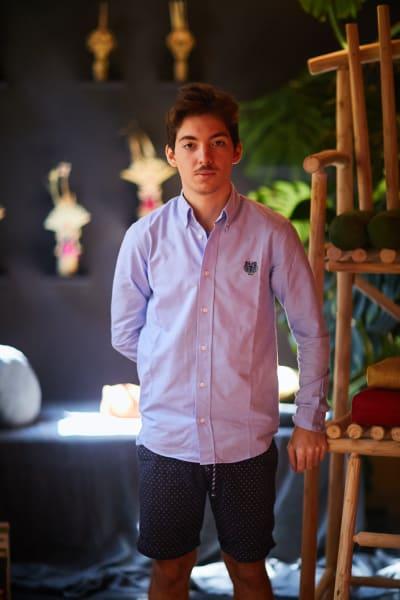 Lucas Djaou, hat an der Pariser École Penninghen studiert und sich das erste Mal an die Gestaltung eines Interiors gewagt.