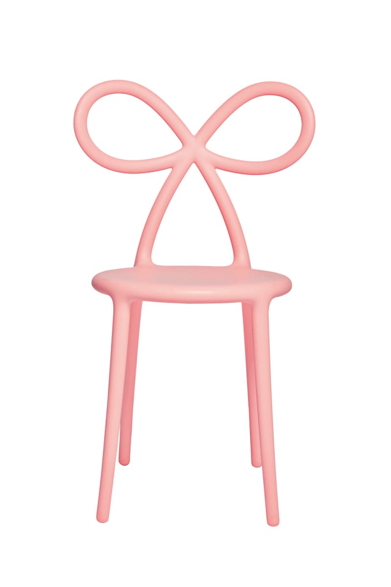 """Ribbon Chair"""
