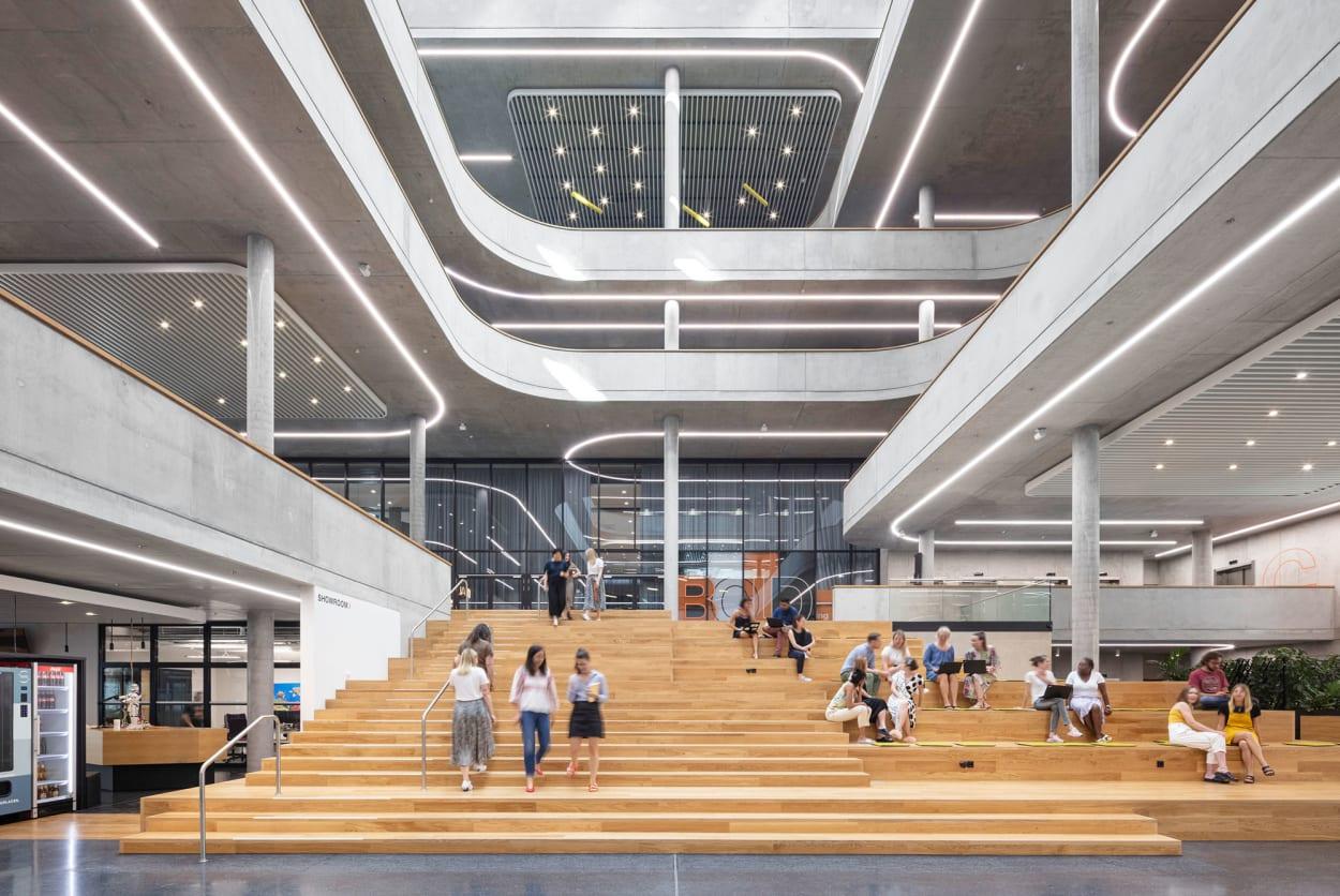 Zalando, Headquarter, Berlin, Büro, Atrium