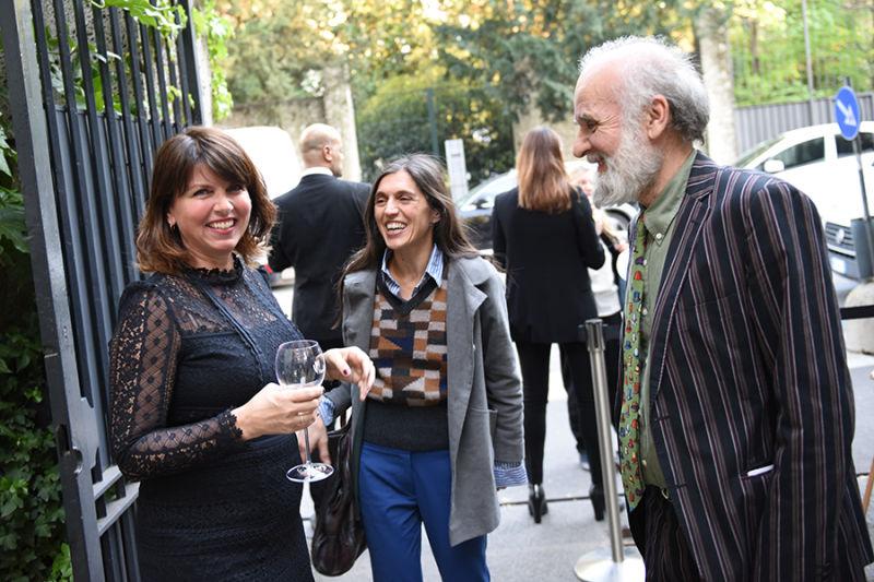Sabine Bollack mit Barnaba Fornasetti und Valeria Manzi