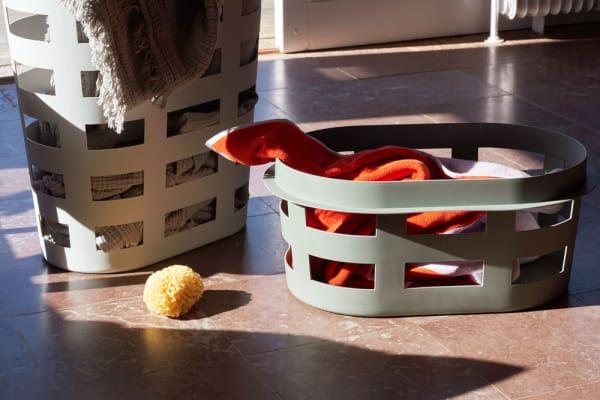 """Big-Game entwarf für Hay den praktischen """"Laundry Basket"""", aus Kunststoff, ab 30 Euro."""