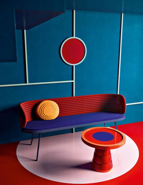 """Russischer Konstruktivismus: Daria Zinovatnaya entwirft ihre expressiven Designsals 3D-Visualisierungen am Computer, hier zu sehen: Objekte der Kollektion """"Cherokee"""""""